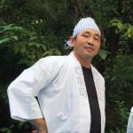 平子元規さん(左)